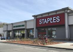 Staples Plaza - Yorktown Heights: