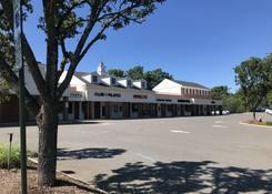 Cedar Hill Shopping Center: