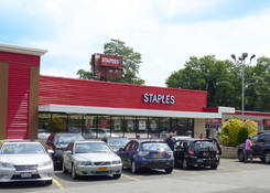 Staples Plaza - Elmsford: